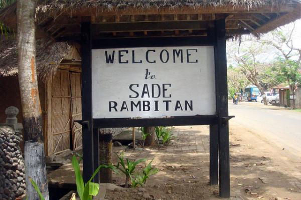 Rumah-Adat-Dusun-Sade-di-Lombok-600x400