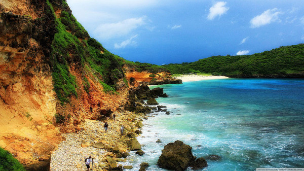 Tanjung-Bloam-di-Lombok-600x337