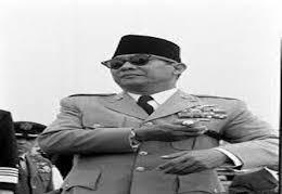 Sejarah: Penghormatan Bung Karno Saat Ziarah Makam Rasullulah SAW